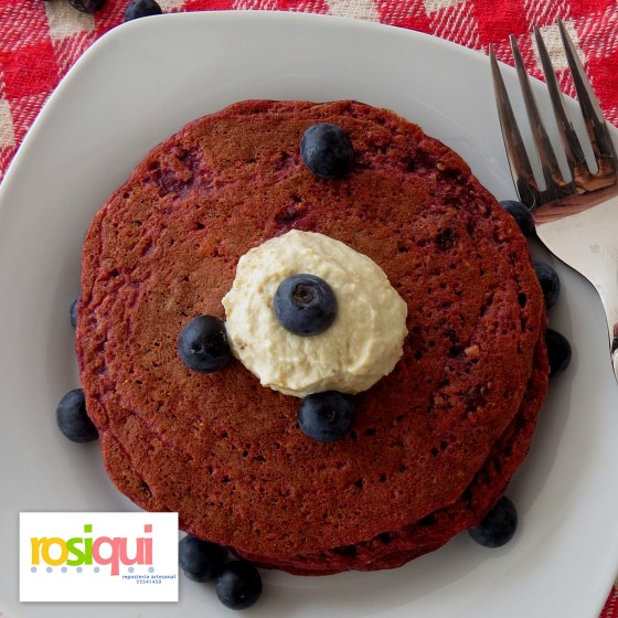 Red velvet hot cakes